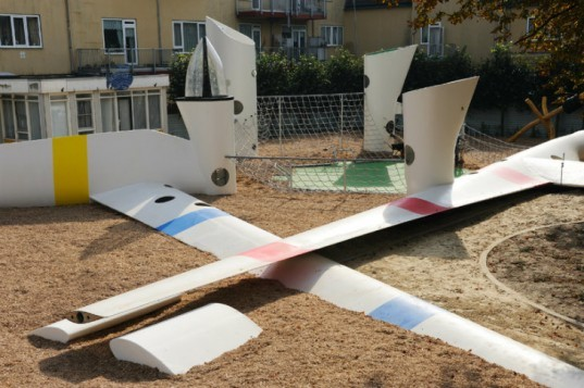 Wikado Playground, 2012architecten, recycled materials, wind turbine parts, discarded rotor blades, wind turbine playground, rotterdam