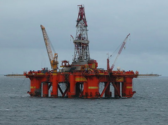 total, North Sea, explosion, gas leak, Elgin platform, exclusion zone, Scotland, oil and gas