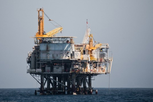 Santa Barbara, Oil Drilling, Oil Platform, Alternative Energy, Pacific Coast, Mitt Romney