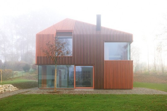 Titus Bernhard Architects, Munich, Germany, 11x11, prefabricated construction, daylighting, natural light, wood, natural materials, green design, open-plan, eco-design, sustainable design, Germany