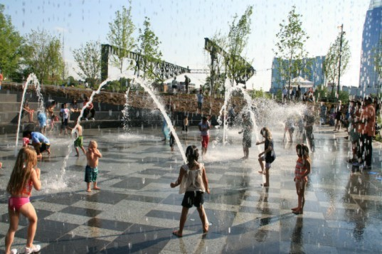 Cumberland Park, Hargreaves Associates, nashville, landscape architecture, urban park, kids park, green space, sustainable redevelopment