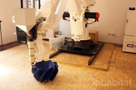 Dirk Vander Kooij, Endless Robot, 3d printer, recycled material printer, portable 3d printer