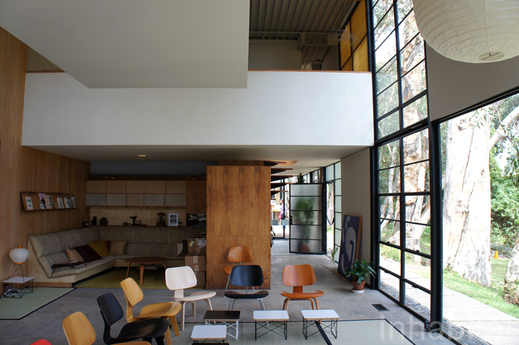 Case Study House No    The Eames House  Pacific Palisades AecCafe