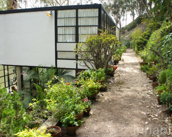 Ray Eames Birthday, Eames House, Case Study House No. 8, Sustainable Architecture, Green Design, Prefab, Prefabricated Home, Mid-Century Modern, Charles and Ray Eames, Recycled Materials, Eco-Friendly