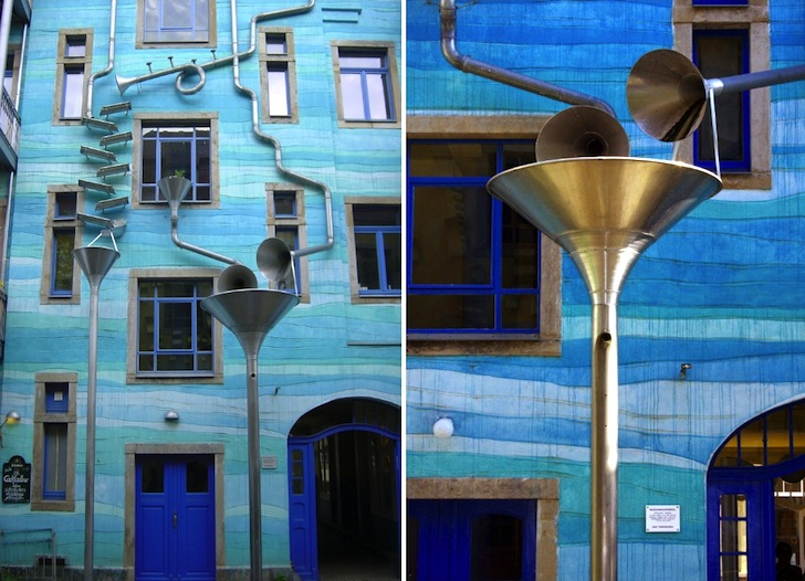 "Funky Blue ""Court of Water"" Wall Plays Music When It Rains (VIDEO)"