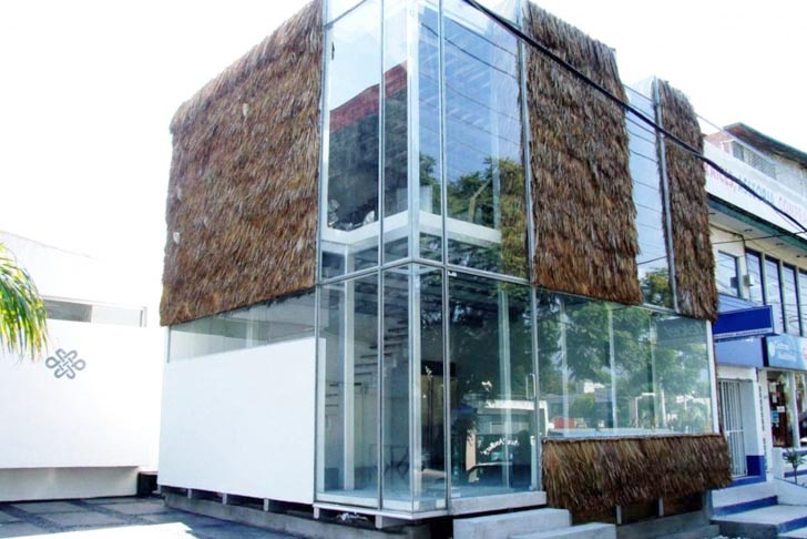 Modern Architecture Glass rec architects build a grass & glass modern building in mexico