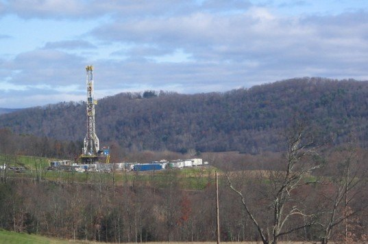 fracking natural gas and environmental protection The environmental protection agency, in a revision from its earlier draft report on hydraulic fracturing for oil and gas, says in its final study that.