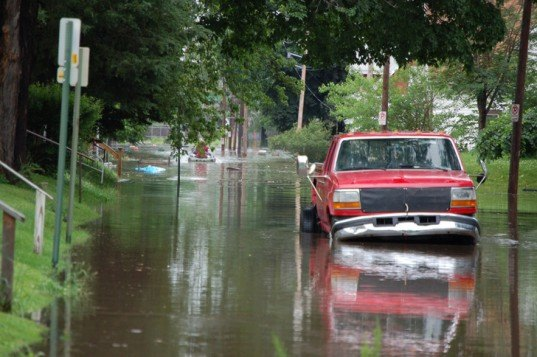 Food, Cedar Rapids, truck, under water, flooded street, iowa