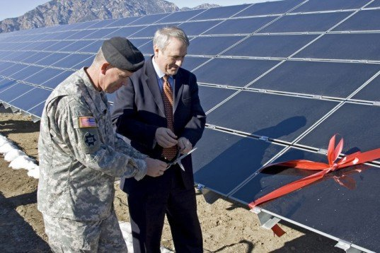 solar panels, US Army, Colorado, Bill Ritter, Gen. Mark A. Graham, Fort Carson, solar array