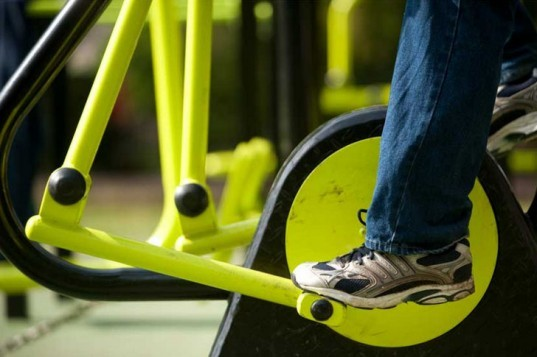 Outdoor gym, human powered gym, human generated electricity, Great Outdoor Gym Company, outdoor fitness center