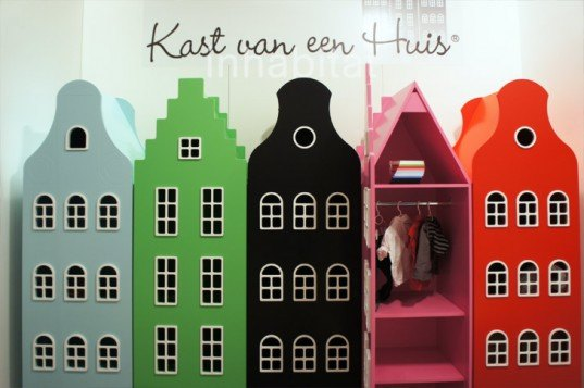 Kast Van Een Huis, Kids' Dutch House Closets, Kids Building Shaped Wardrobes