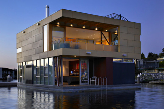 Lake Union Floating Home-Vandeventer + Carlander Architects