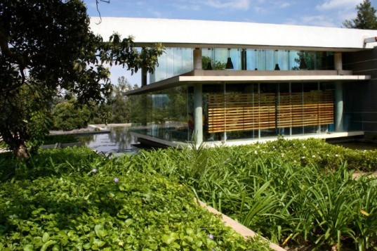 Probiomed, Grupo de Diseno Urbano, eco laboratory, mexico, research facility, rainwater, daylighting