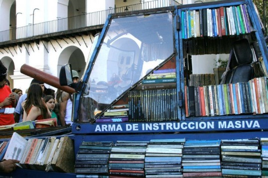 Top 6 Pop Up Libraries, library, pop up library, eco library, eco inspiration, tank library
