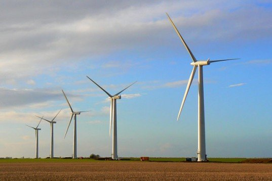 Wind Farm, windmills, wind turbines, wind energy, wind power