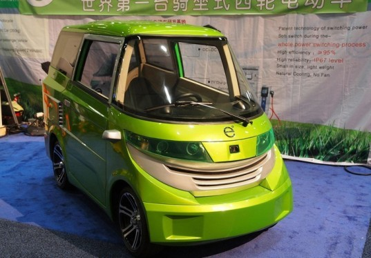 Ample, Ample Eo, EVS26, Electric Vehicle Symposium, green transportation, electric quadricycle, green car, electric car