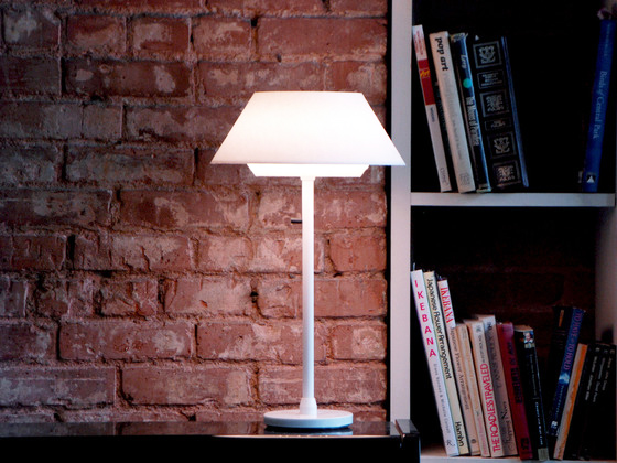 Help Kickstart Highlight Designu0027s AmbientOne LED Table Lamp!