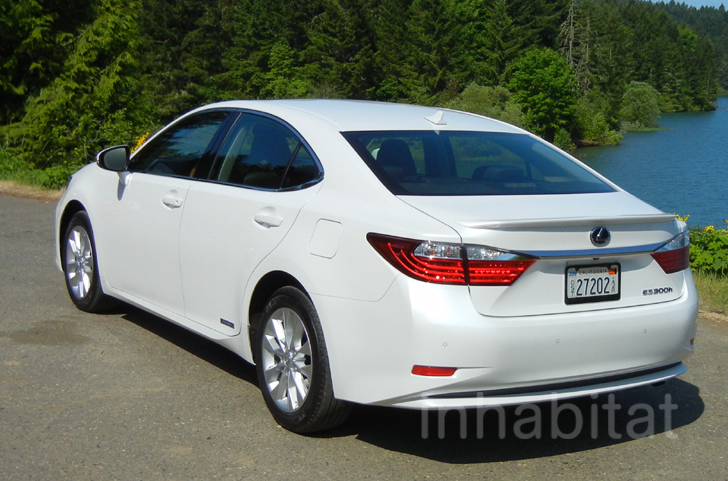 reviews autoweek lexus es car interior gallery