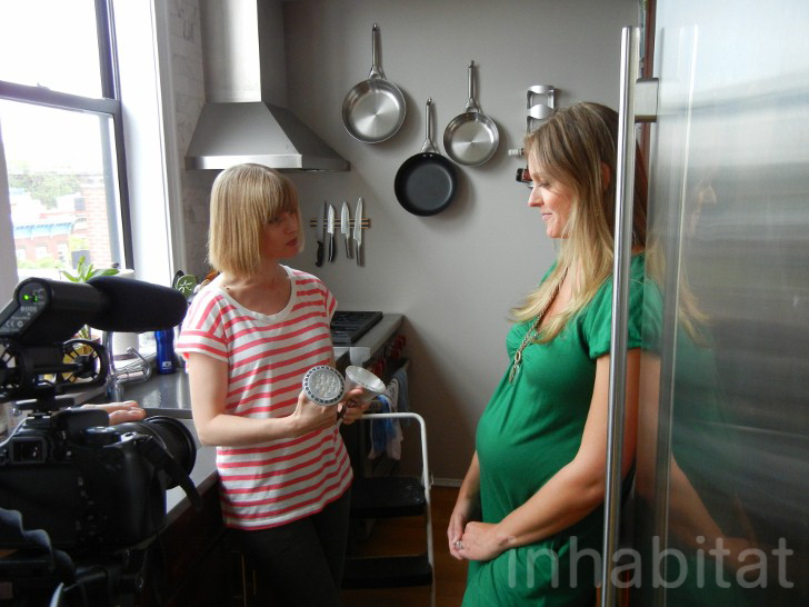 Inhabitat Editor-in-Chief Jill Fehrenbacher shows Julie a Philips AmbientLED that will replace the energy-guzzling halogen lights in her kitchen.