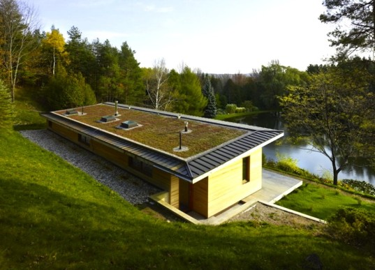 Green Roofed House Is A Tranquil Woodland Home In