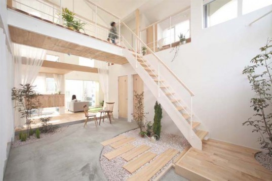 Architecture, Daylighting, Botanical, Green Home decor, ALTS Design Office, Shiga, Kofunaki House, Wooden Boat House