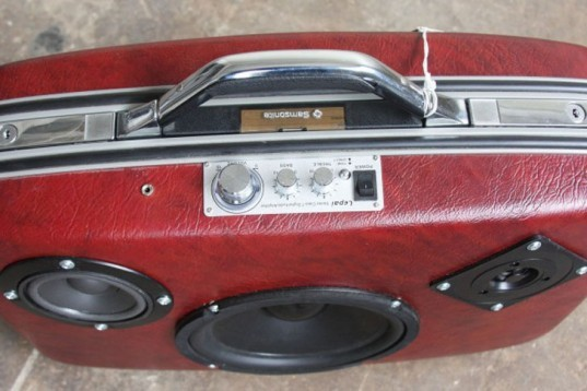 Case of Bass, Ezra, Portland, upcycling, vintage lugagge, boombox, portable stereo, Green Products, Art, Recycled Materials, green gadgets,