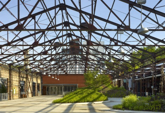Evergreen Brick Works, Diamond Schmidt Architects, centre for green cities, toronto, green renovation, adaptive reuse, brownfield remediation