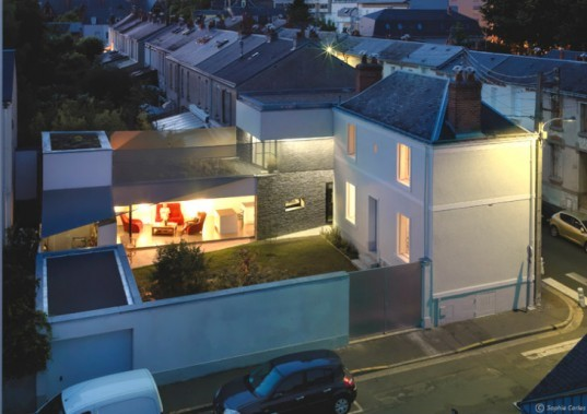 Fertile House, MU Architects, green renovation, renovation, france, rooftop garden, green roof