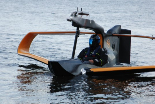 flynano, electric planes, lithium ion batteies, james bond, carbon fiber, electric motor, seaplane, electric seaplane