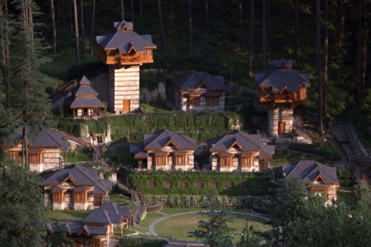 Himalayan Village, eco resort, Kasol, India, Parvati Valley, green vacation, hotel