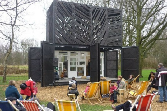 Noorderparkbar, Bureau SLA, overtreders w, amsterdam, second hand materials, reclaimed materials, recycled materials, coffee bar, coffee shack