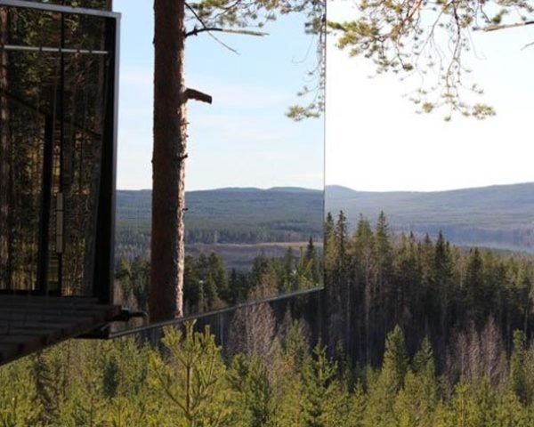 Sweden S Treehotel Now Selling Stunning Mirrorcube Treehouses