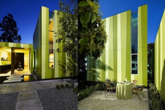 green design, sustainable design, eco-design, natural light, daylight, Los Angeles, Aleks Istanbullu Architects, Lago Vista Guest House, California, small footprint, nature