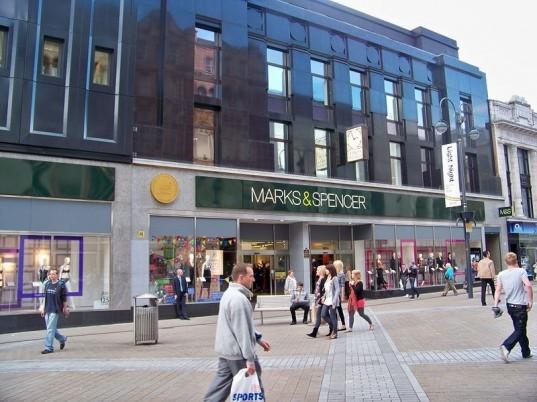 marks and spencer, carbon neutral, carbon neutrality, greenhouse gas emissions, sustainable business, plan a, joanna lumley, carbonneutral certification