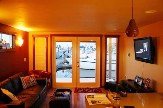 green design, eco design, sustainable design, Built Green, House boat, green houseboat, Mike Auderer, Olympia Construction, Sweet Pea Houseboat