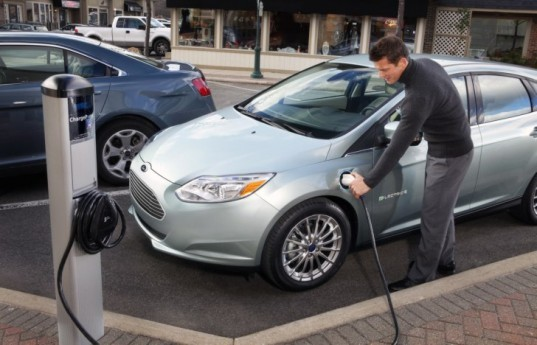 Ford, Ford Focus Electric, Ford C-MAX Energi, Ford Fusion Energi, Ford MyFord Mobile, electric cars, green cars, green transportation, lithium-ion battery
