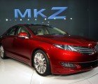 2013 Lincoln MKZ Hybrid Offers Buyers a Hybrid Without a Price Premium