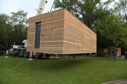 Freedomky Prefab House Combines Low Energy With High