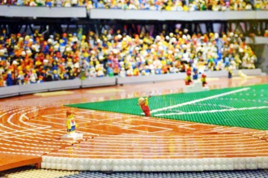 LEGO model, LEGO Stadium, LEGO building, Olympic Stadium, London Olympics, London Olympic Stadium, 2012 Summer Olympics, Westfield Shopping mall