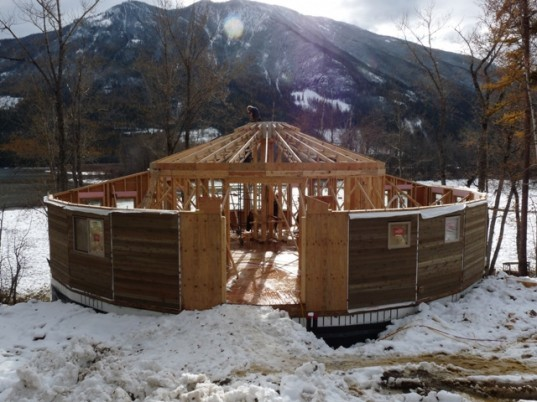 building round houses, round home construction, less waste
