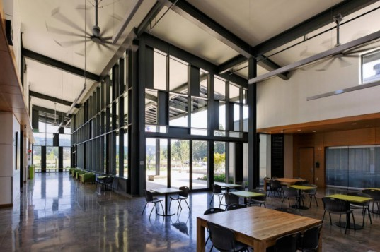 Portland Community Center, Newberg Center, Hennebery Eddy Architects, net zero, eco college, energy efficient design, solar powered school