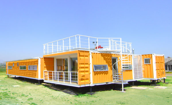 Earthquake Proof House >> Project Arqtainer S House Liray Is An Earthquake Resistant Shipping
