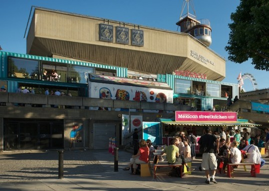 Wahaca, Softroom, Recycled Shipping Containers, Recycled Materials, Temporary Design, Pop-up, green design, sustainable design, eco-design, Southbank Center, London, Thames, The Shard, UK