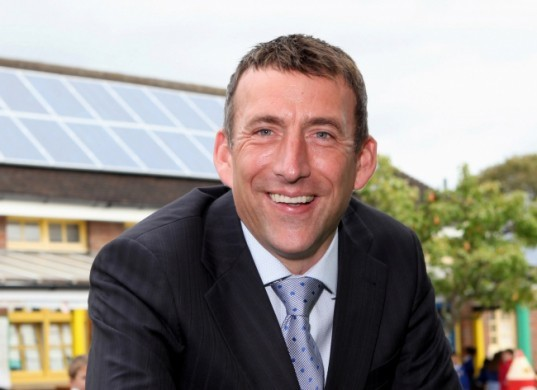 anesco, england, uk, cadland estate, pv panel, britain, aldred drummond, adrain pike, feed and tariff scheme