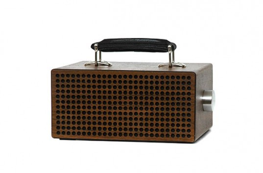 Tombox+, diefabrik, refurbished amp, iPod speaker, iPhone speaker, portable music system, portable amp, recycled amp speakers