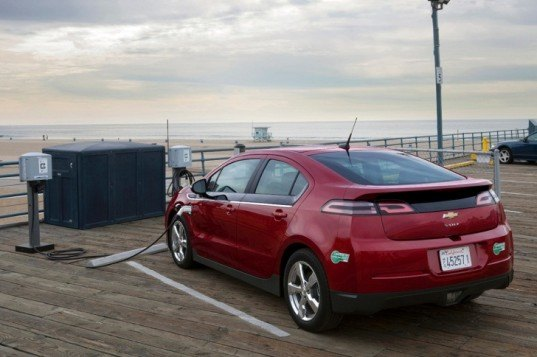 Chevy, Chevy Volt, General Motors, GM, Envia Systems, lithium-ion battery, electric cars, green transportation, automotive, Tesla, Dan Akerson, GM electric car, electric driving range