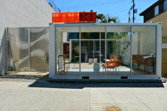 Ilan dei studio container pop up shop inhabitat green for Store building design