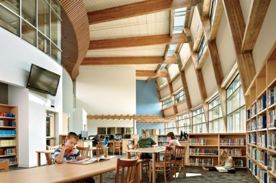 Machias Elementary School, Snohomish School District, Washington, NAC Architecture, Sustainable, School, Reuse, photovoltaic, heat exchangers, AIA Merit Award