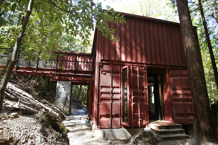 Six Oaks Is A Modern Yet Rustic Shipping Container Home In