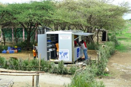 Solar Kiosk, GRAFT, SOLARKIOSK, modular design, solar power, photovoltaics, off-grid, ethiopia
